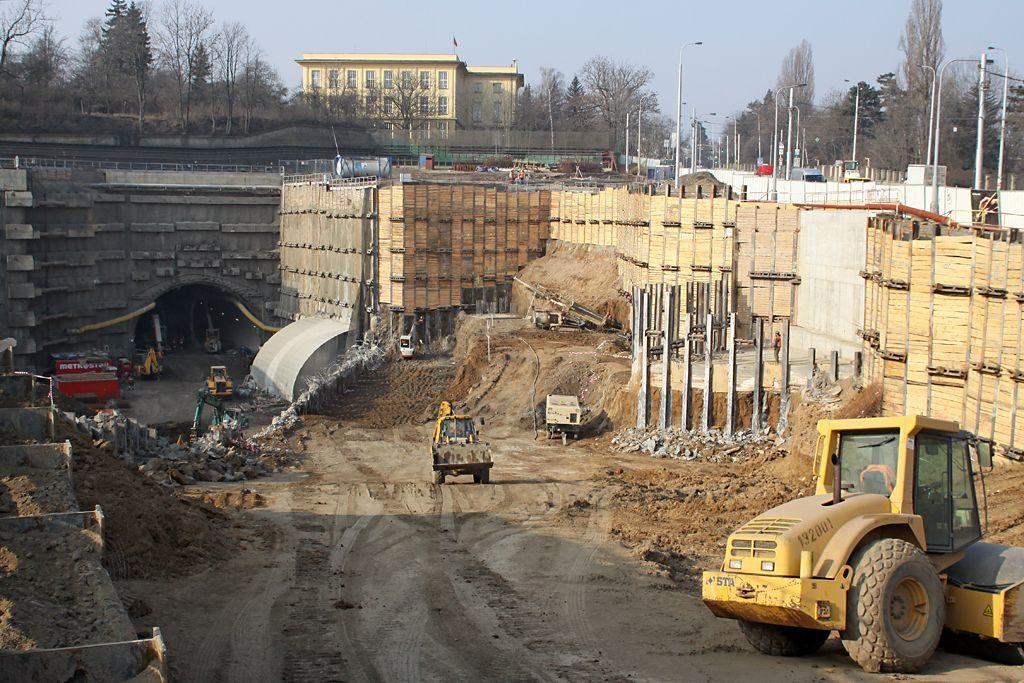 Prašný most v březnu 2011