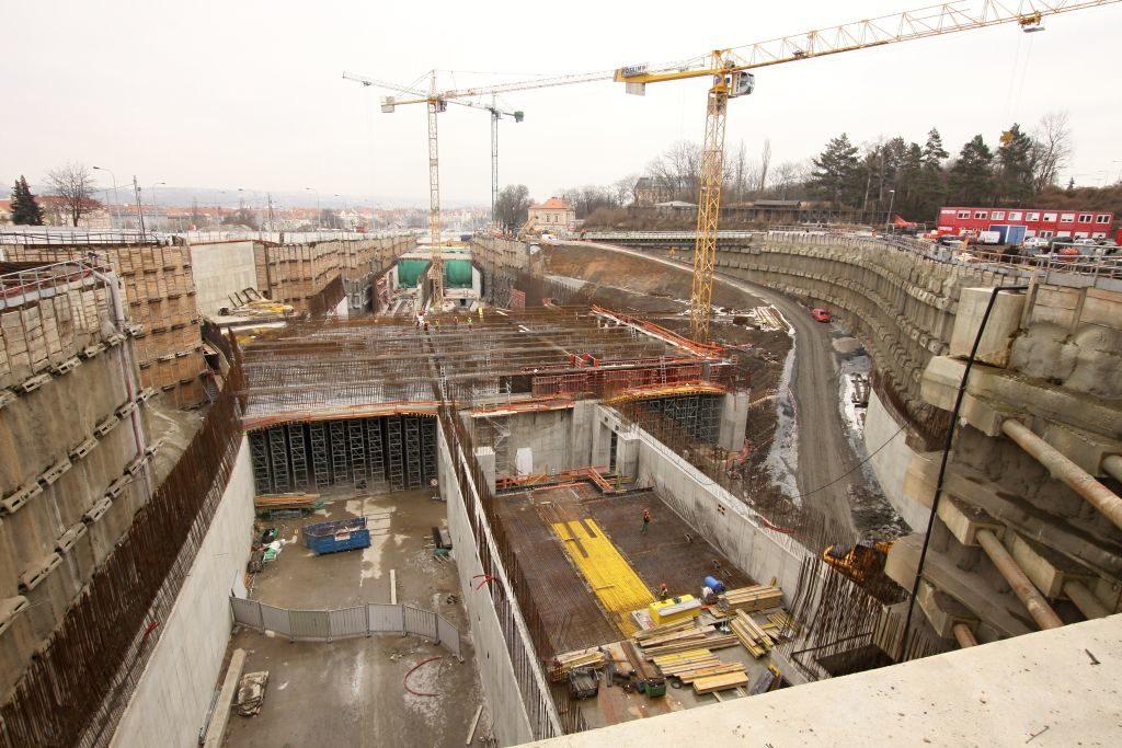 Prašný most v únoru 2012