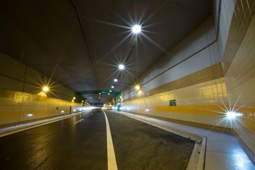 Tunel pod parkem